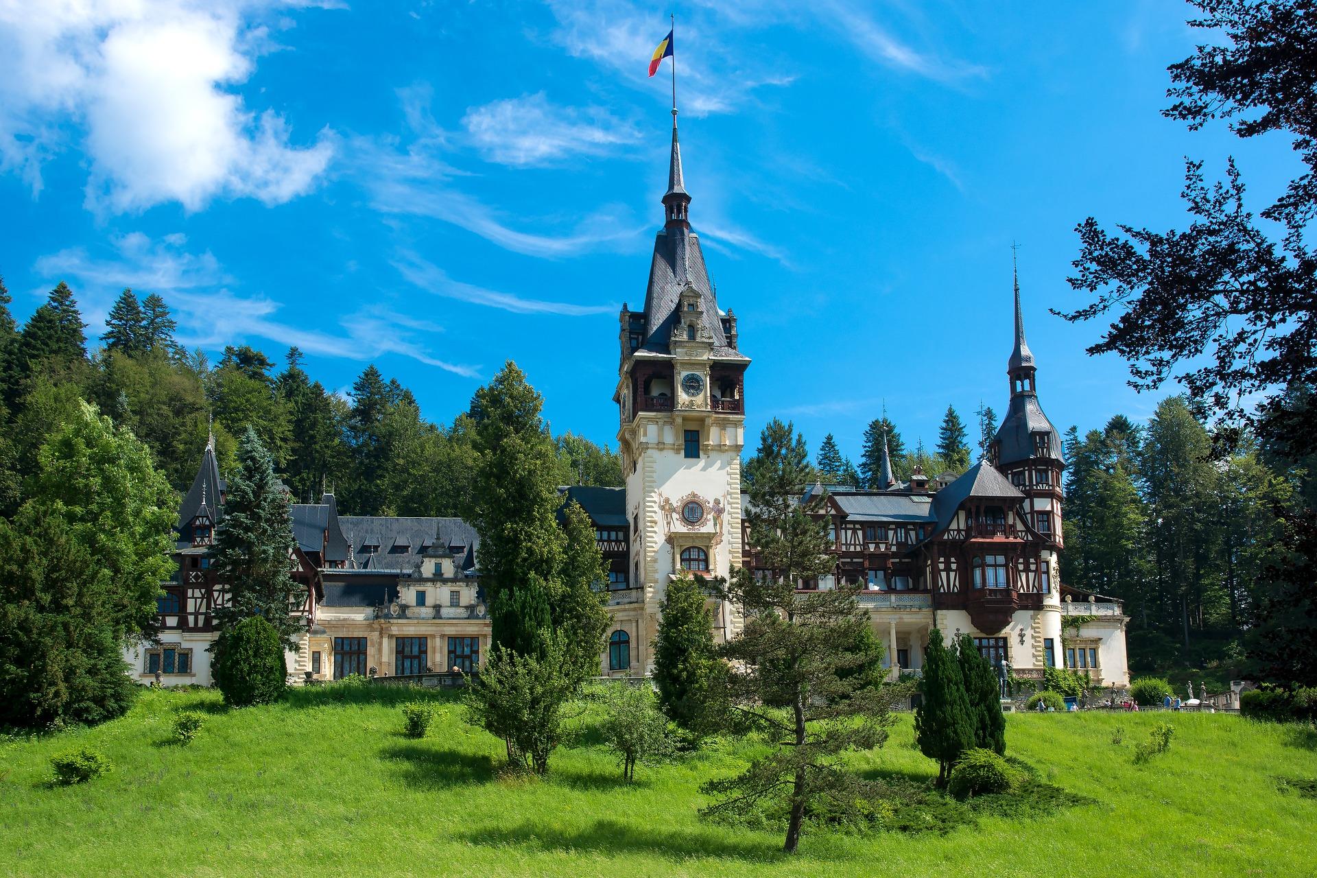 Peles Castle, Romania | Famous Castle in the World